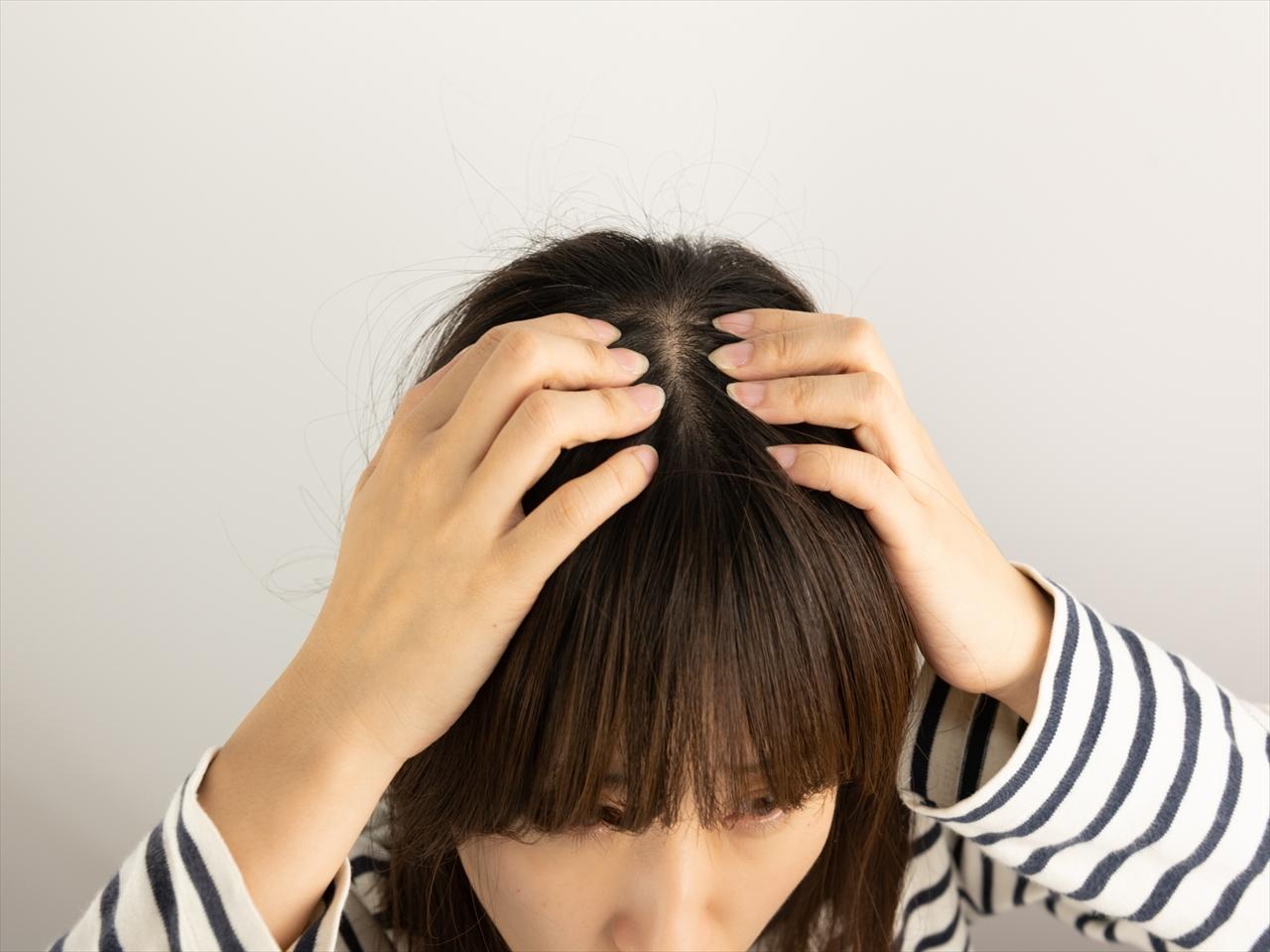 【子育て】妻の産後脱毛が、思ってたよりすごかった。